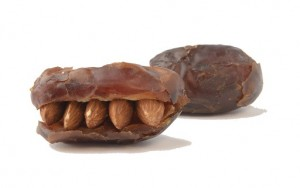 dates_with_almonds (1)