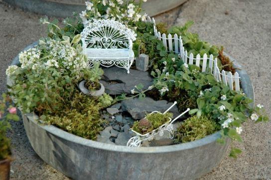 minimalist urban gardening idea
